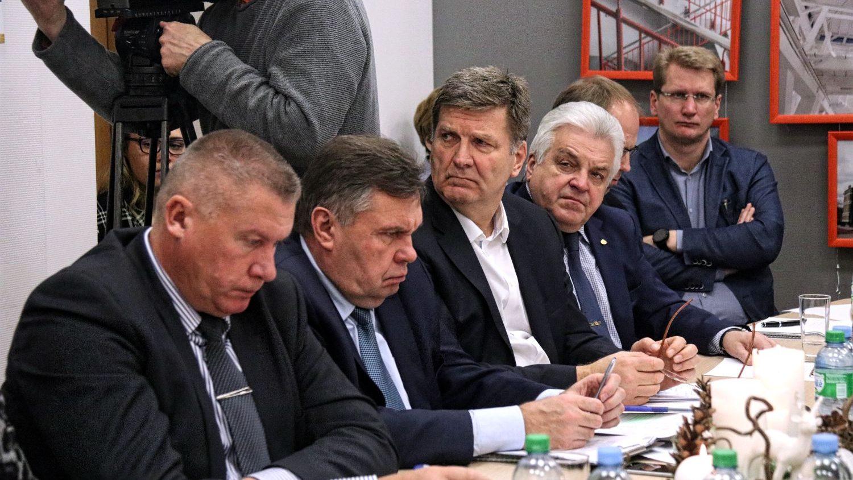 Vidi degradējošo būvju komisija uzdod sagatavot lēmumus par 11 Rīgas ēku piespiedu sakārtošanu