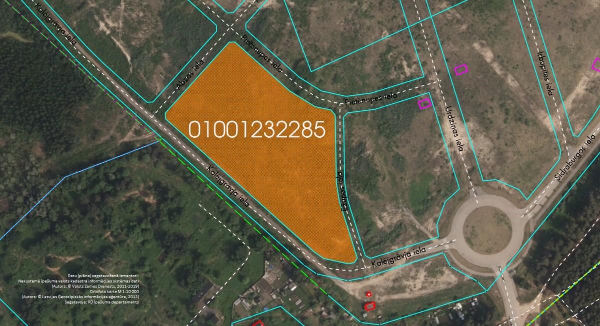 Elektroniskā izsolē ar augšupejošu soli tiek pārdots neapbūvēts zemesgabals Pie Mazās Juglas, Rīgā (Brekšos) kadastra apzīmējums 0100 123 2285