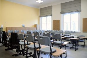 Rīgas izglītības iestāžu remontdarbus pabeigs pirms jaunā mācību gada